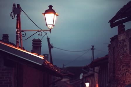 Ricordo certe notti d'estate, di un mondo perduto.